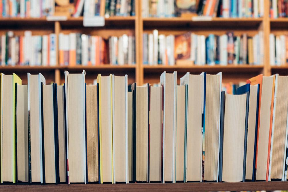 книги-и-пътеводители-аудио-електронни за пътешественици