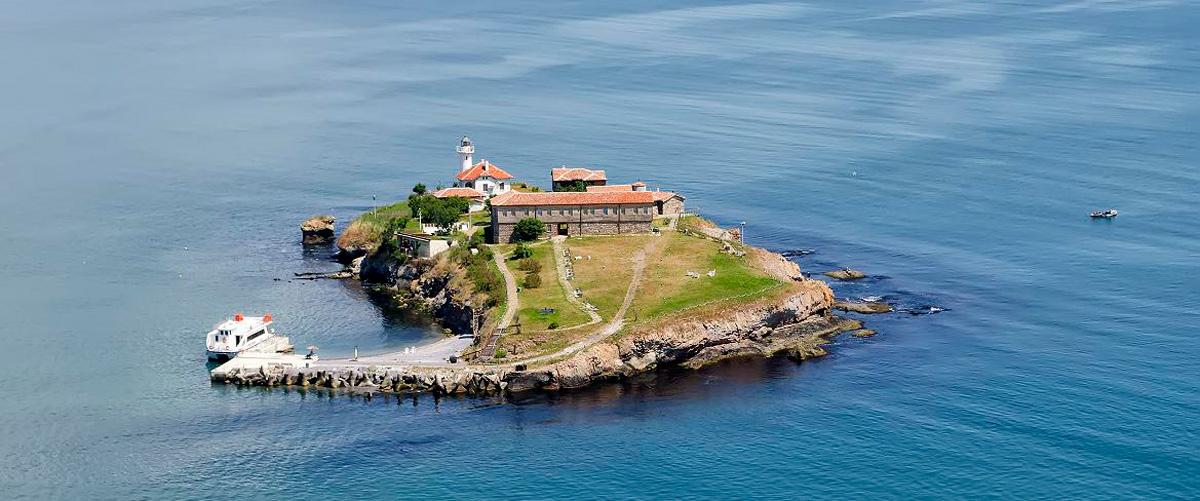 Почивка на остров Света Анастасия